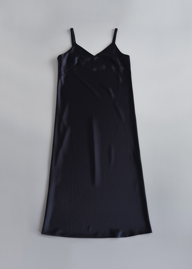 [ADD ROBE] MIDI SLIP DRESS (NAVY)
